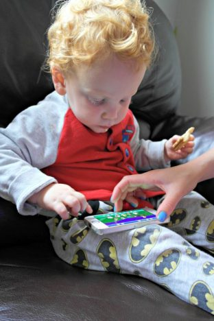 Littlest playing Happy Band App oddhogg,com