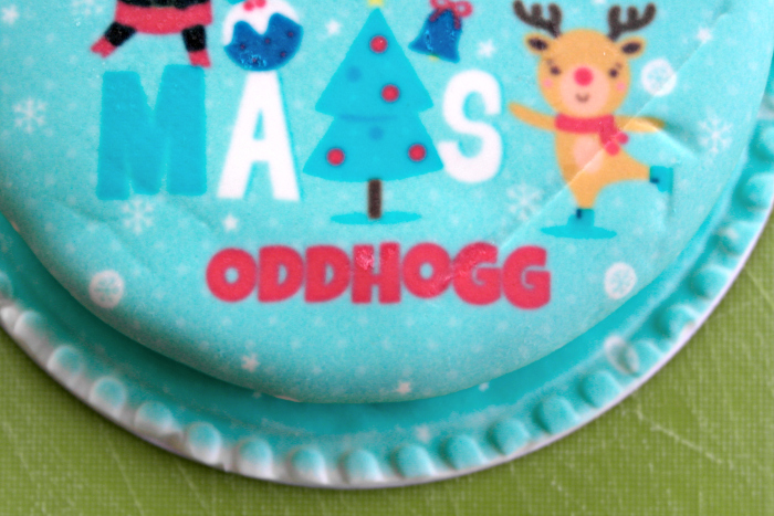 bakerdays Letterbox Cake Review | Personalisation http://oddhogg.com