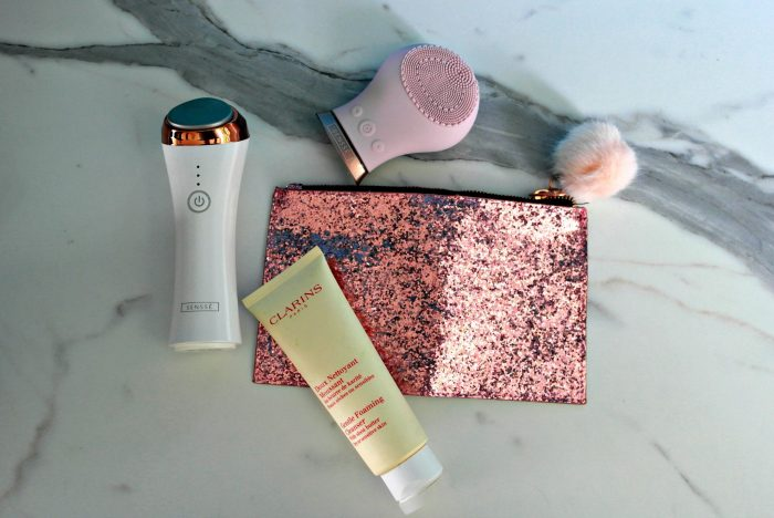 SENSSE Exfoliating Brush and Hot & Cool Toner Review | With Clarins Face Wash https://oddhogg.com
