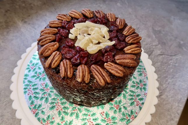 Ginger Christmas Cake Recipe | Completed cake https://oddhogg.com