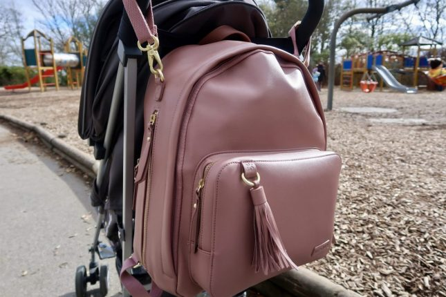 Skip Hop Greenwich Changing Bag Review | On the pram https://oddhogg.com