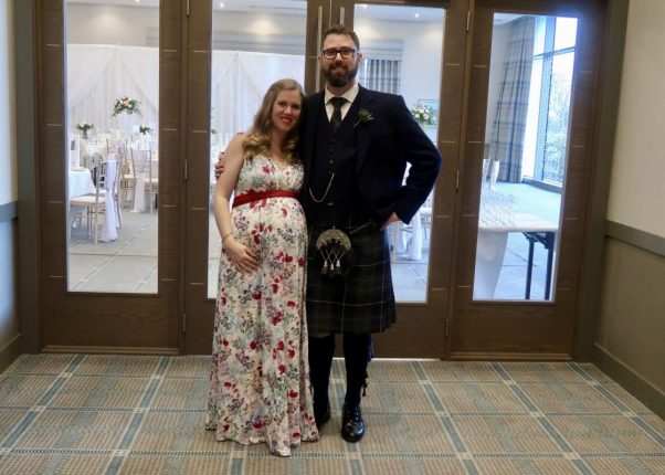 Maternity Style With Tiffany Rose | With husband in kilt https://oddhogg.com