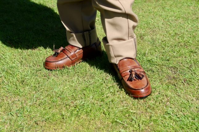 Roco Clothing Review | Piglet in brown leather loafers https://oddhogg.com