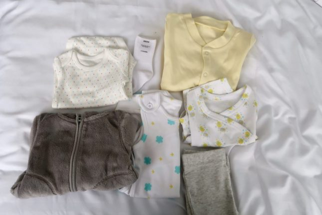 What Is In The Scottish Baby Box? | 3-6m Clothes https://oddhogg.com