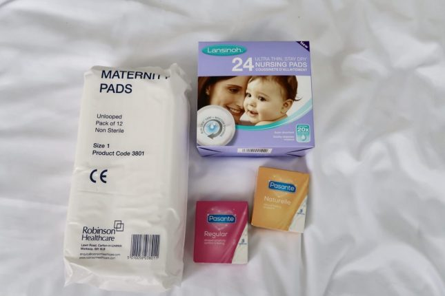 What Is In The Scottish Baby Box?   For Mum https://oddhogg.com