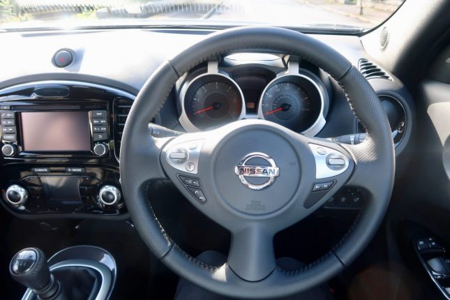 Family Days Out With The Nissan Juke | Dashboard and Controls www.oddhogg.com