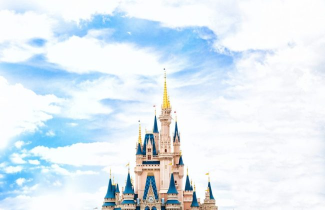 Top Tips For Visiting Orlando | Disney Castle www.oddhogg.com