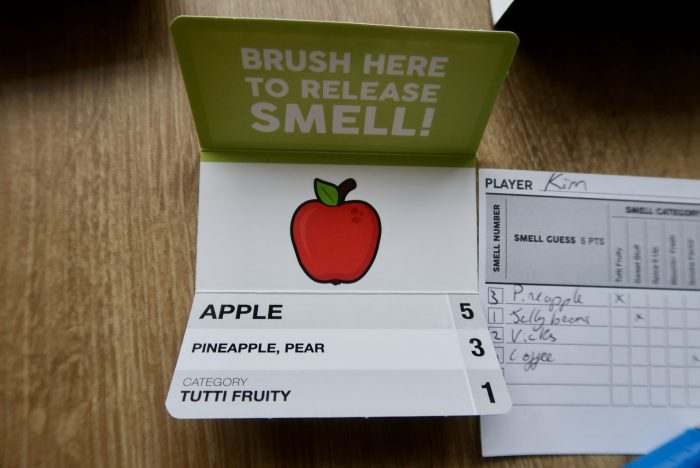 What's That Smell? Game Review | Apple card www.oddhogg.com